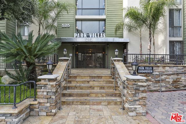 525 S Ardmore Avenue #330, Los Angeles (City), CA 90020 (MLS #19425394) :: The Sandi Phillips Team