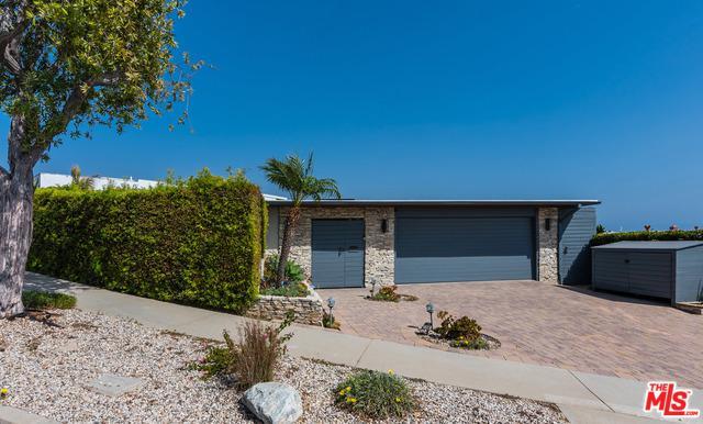 3718 Seahorn Drive, Malibu, CA 90265 (MLS #19425478) :: The Sandi Phillips Team