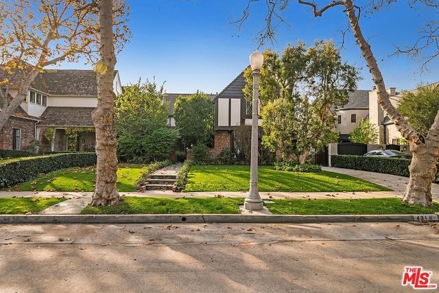 431 N Mccadden Place, Los Angeles (City), CA 90004 (MLS #19425566) :: The Jelmberg Team