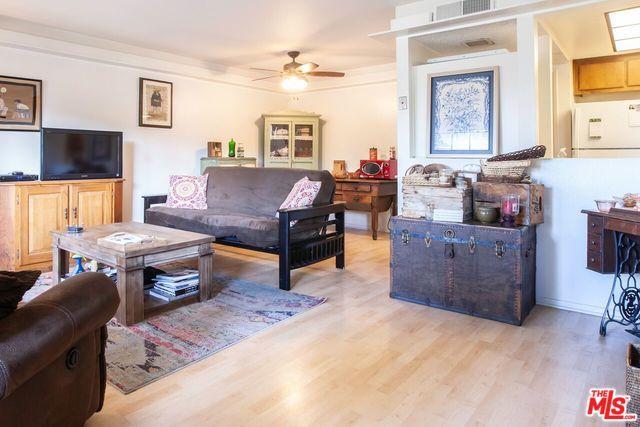 7320 Corbin Avenue B, Reseda, CA 91335 (MLS #19425726) :: Deirdre Coit and Associates