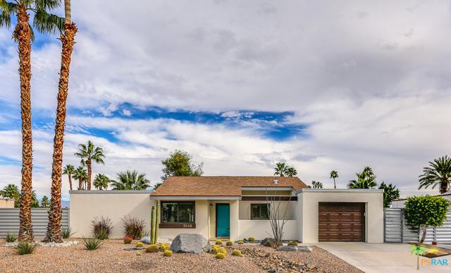 2548 N Aurora Drive, Palm Springs, CA 92262 (MLS #19425798PS) :: Brad Schmett Real Estate Group