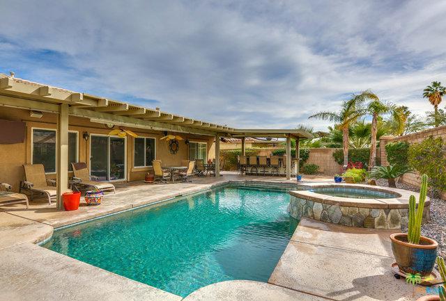1183 Oro Ridge, Palm Springs, CA 92262 (MLS #19425832PS) :: The John Jay Group - Bennion Deville Homes