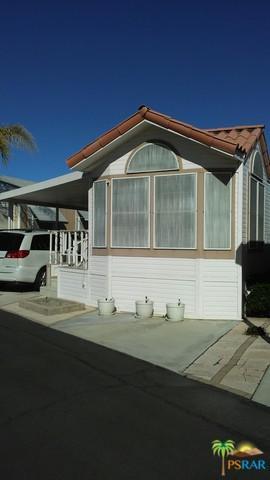 69801 Ramon Road #143, Cathedral City, CA 92234 (MLS #19426132PS) :: Brad Schmett Real Estate Group