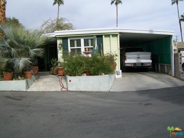 200 Stone Terrace, Palm Springs, CA 92264 (MLS #19426486PS) :: The Jelmberg Team