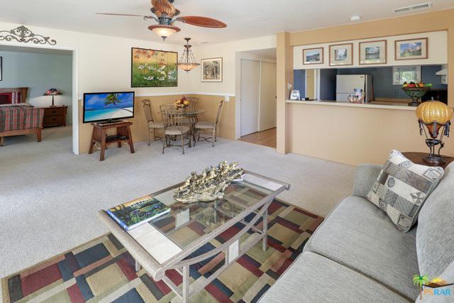 2083 N Via Miraleste #824, Palm Springs, CA 92262 (MLS #19427318PS) :: Brad Schmett Real Estate Group