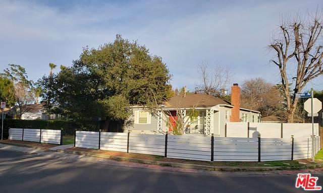 5500 Morella Avenue, Valley Village, CA 91607 (MLS #19427480) :: Hacienda Group Inc