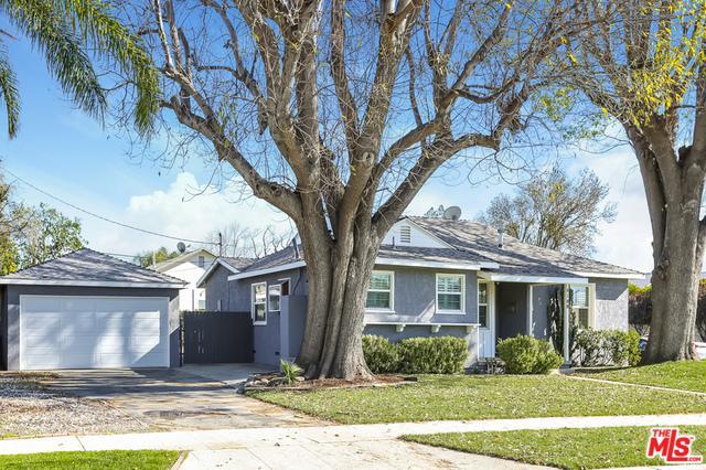 8100 Aldea Avenue, Lake Balboa, CA 91406 (MLS #19427506) :: The Jelmberg Team