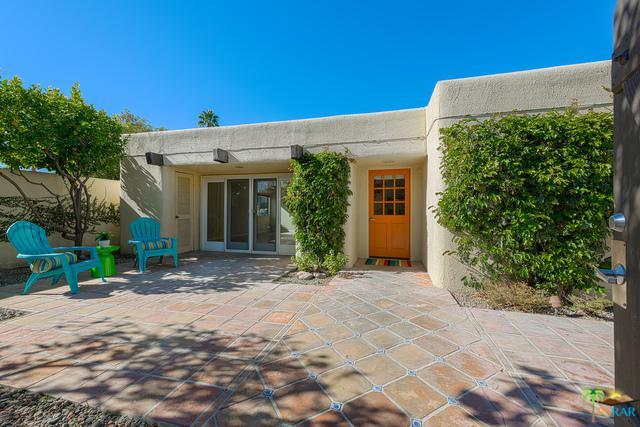 1108-1108 E Casa Verde Way, Palm Springs, CA 92262 (MLS #19428538PS) :: Brad Schmett Real Estate Group