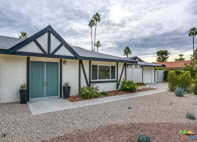 2106 S Divot Lane, Palm Springs, CA 92264 (MLS #19428738PS) :: Brad Schmett Real Estate Group