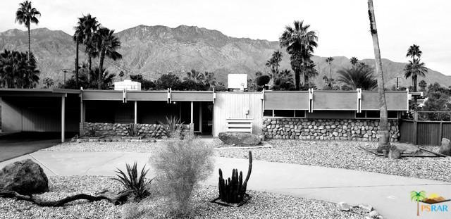 235 N Airlane Drive, Palm Springs, CA 92262 (MLS #19429352PS) :: Brad Schmett Real Estate Group