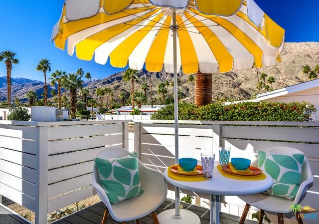 258 Lei Drive, Palm Springs, CA 92264 (MLS #19429814PS) :: Brad Schmett Real Estate Group