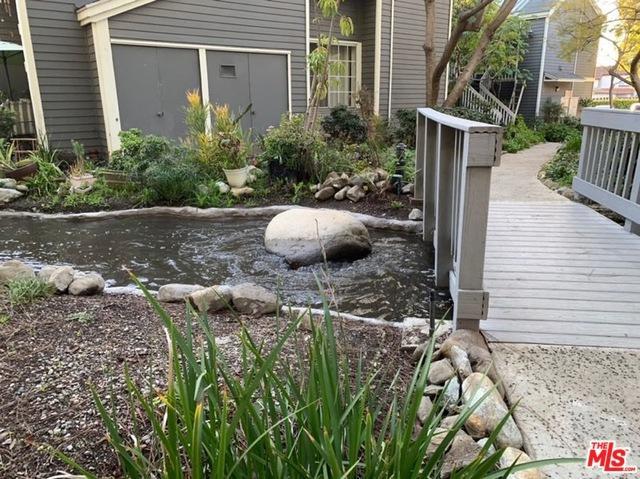 25545 Pine Creek Lane Lane, Wilmington, CA 90744 (MLS #19431700) :: Hacienda Group Inc