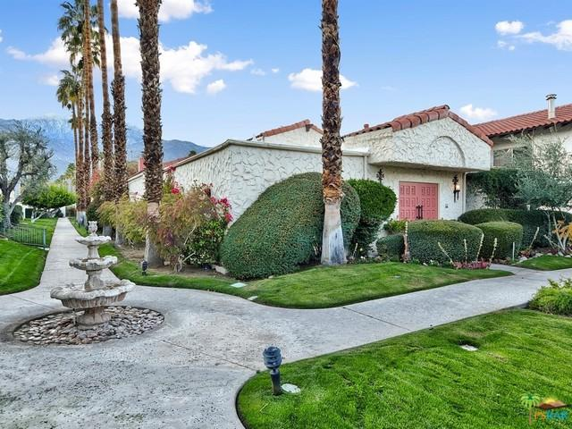 1833 S Araby Drive #31, Palm Springs, CA 92264 (MLS #19431890PS) :: The Jelmberg Team