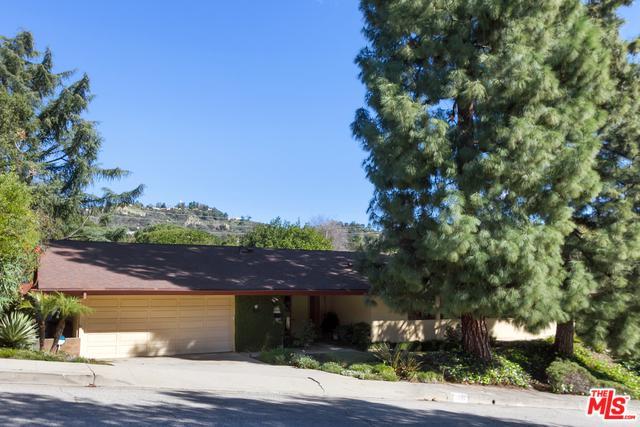 1550 Parway Drive, Glendale, CA 91206 (MLS #19432288) :: Hacienda Group Inc