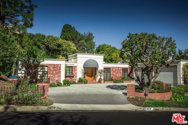 10819 Via Verona Street, Los Angeles (City), CA 90077 (MLS #19432344) :: Hacienda Group Inc