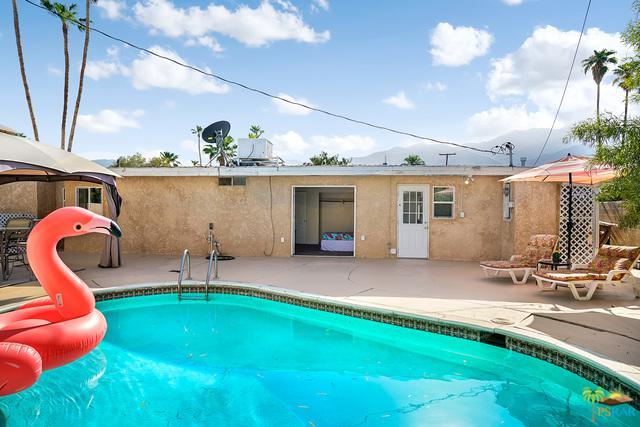 916 S Avenida Evelita, Palm Springs, CA 92264 (MLS #19432400PS) :: Brad Schmett Real Estate Group