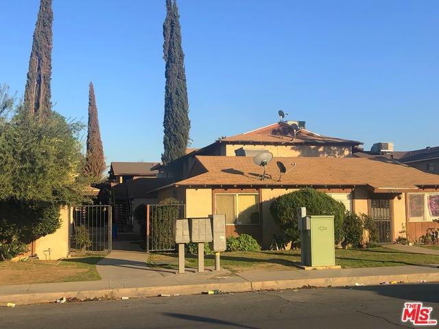 908 Valhalla Drive, Bakersfield, CA 93309 (MLS #19433178) :: The Jelmberg Team