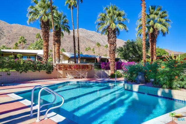 1722 S Palm Canyon Drive, Palm Springs, CA 92264 (MLS #19433284PS) :: Brad Schmett Real Estate Group