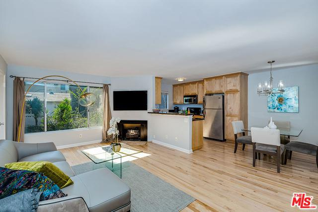 540 N Croft Avenue #6, West Hollywood, CA 90048 (MLS #19433410) :: The John Jay Group - Bennion Deville Homes
