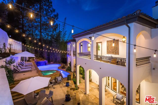 10940 Terryview Drive, Studio City, CA 91604 (MLS #19433464) :: Hacienda Group Inc