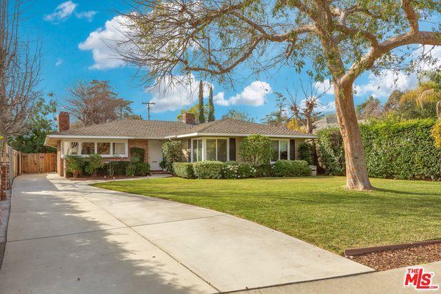 3952 E California, Pasadena, CA 91107 (MLS #19434052) :: Hacienda Group Inc