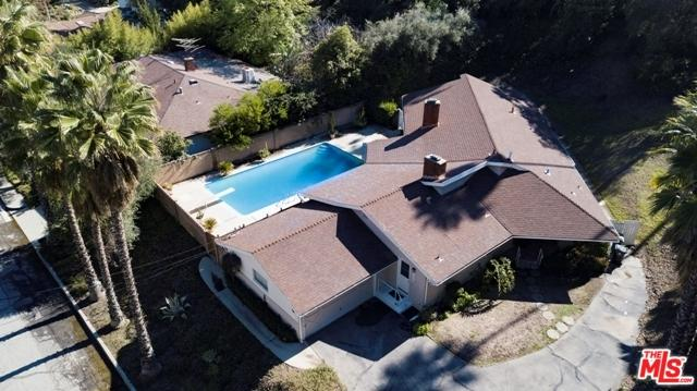 16962 Cotter Place, Encino, CA 91436 (MLS #19434330) :: Hacienda Group Inc