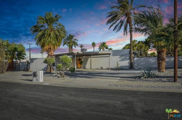 3585 E Camino Rojos, Palm Springs, CA 92262 (MLS #19434760PS) :: Brad Schmett Real Estate Group