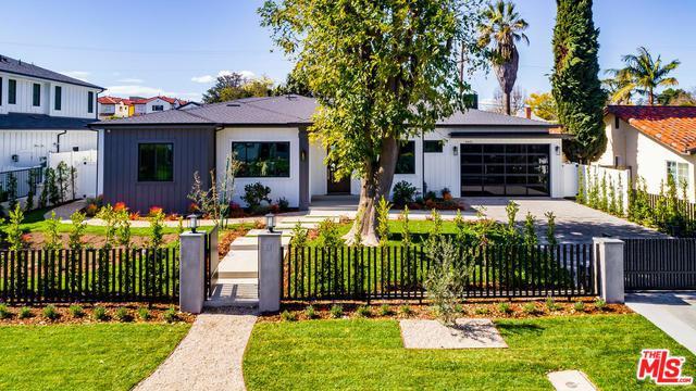4433 Beck Avenue, Studio City, CA 91602 (MLS #19435136) :: Hacienda Group Inc