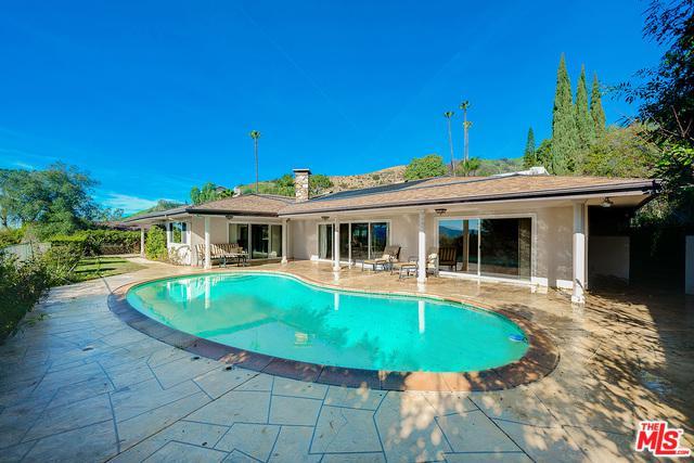 641 Robin Glen Drive, Glendale, CA 91202 (MLS #19435346) :: Hacienda Group Inc