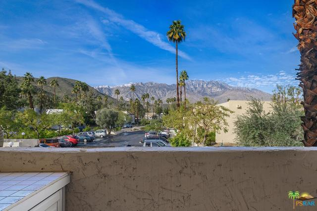 5300 E Waverly Drive #5203, Palm Springs, CA 92264 (MLS #19435728PS) :: Hacienda Group Inc