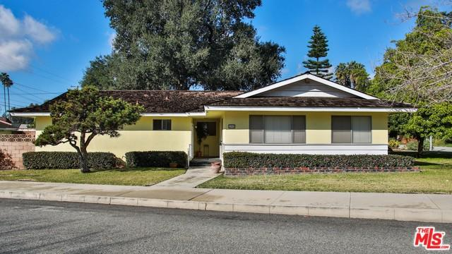 194 Monroe Avenue, Pomona, CA 91767 (MLS #19435868) :: Hacienda Group Inc