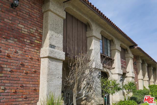 2121 N Verdugo Road, Glendale, CA 91208 (MLS #19435894) :: Hacienda Group Inc