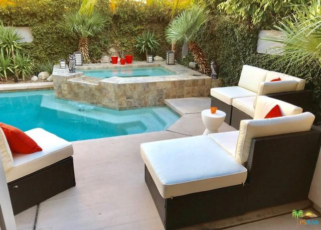 3552 Melody Lane, Palm Springs, CA 92262 (MLS #19436072PS) :: Brad Schmett Real Estate Group