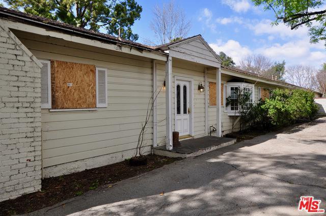 4821 Radford Avenue, Valley Village, CA 91607 (MLS #19439170) :: Deirdre Coit and Associates