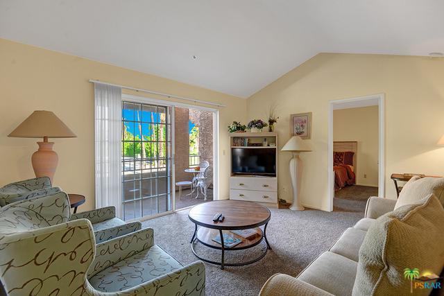 2700 Golf Club Drive #117, Palm Springs, CA 92264 (MLS #19439500PS) :: Brad Schmett Real Estate Group