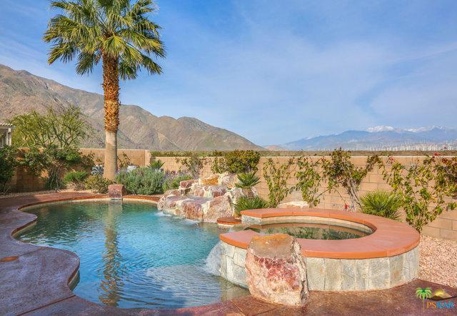 1076 Vista Sol, Palm Springs, CA 92262 (MLS #19439512PS) :: The John Jay Group - Bennion Deville Homes