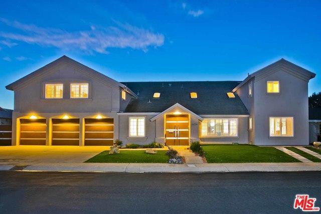 8654 Nottingham Place, La Jolla, CA 92037 (MLS #19439670) :: Hacienda Group Inc