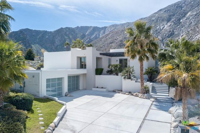 599 Camino Calidad, Palm Springs, CA 92264 (MLS #19439926PS) :: Brad Schmett Real Estate Group