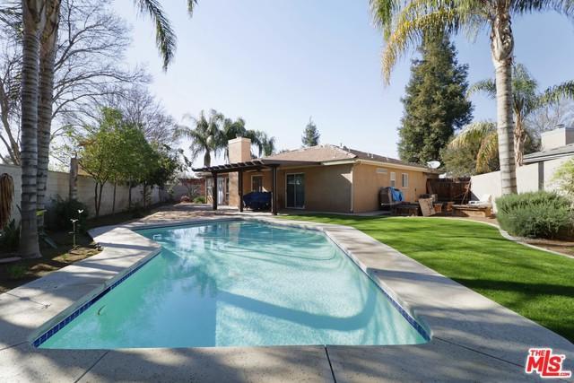 9705 Bosa Nova Court, Bakersfield, CA 93312 (MLS #19440548) :: Deirdre Coit and Associates