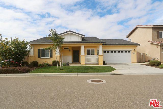 1555 S Cabrini Lane, Santa Maria, CA 93458 (MLS #19440584) :: The John Jay Group - Bennion Deville Homes