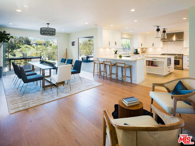 571 Radcliffe Avenue, Pacific Palisades, CA 90272 (MLS #19441730) :: Deirdre Coit and Associates