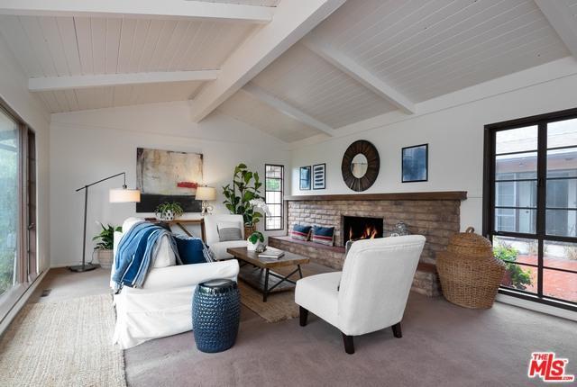 18 Northridge Road, Santa Barbara, CA 93105 (MLS #19442450) :: Deirdre Coit and Associates