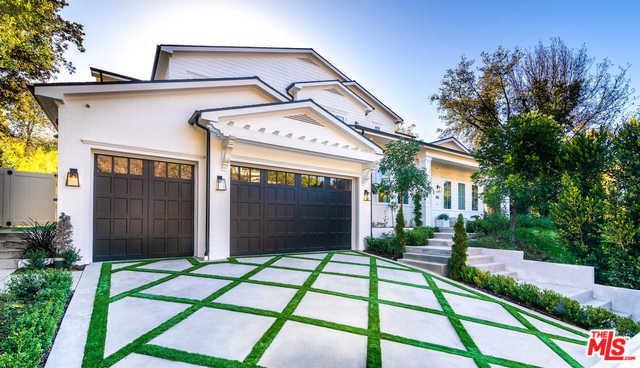 4143 Hayvenhurst Drive, Encino, CA 91436 (MLS #19442652) :: Deirdre Coit and Associates