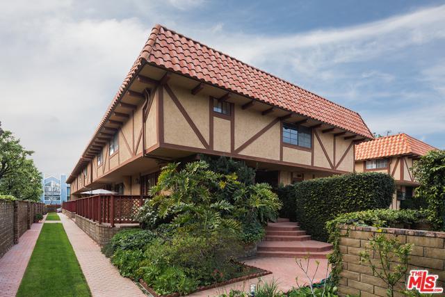 5830 Etiwanda Avenue #6, Tarzana, CA 91356 (MLS #19443166) :: Hacienda Group Inc