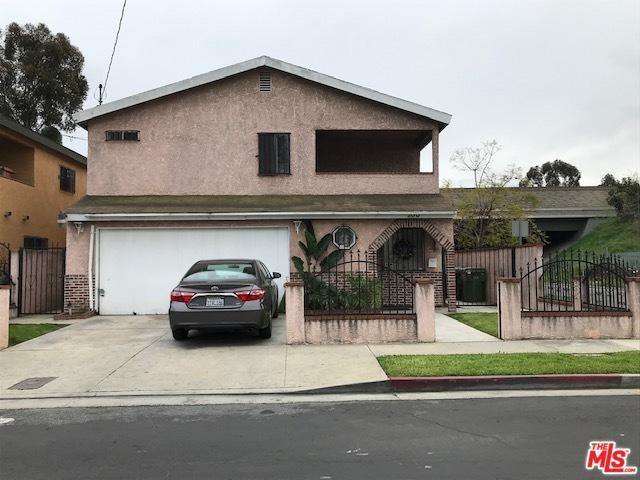 700 E 116th Place, Los Angeles (City), CA 90059 (MLS #19443196) :: Deirdre Coit and Associates