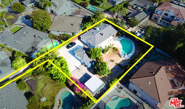 12403 Addison Street, Valley Village, CA 91607 (MLS #19443390) :: Deirdre Coit and Associates
