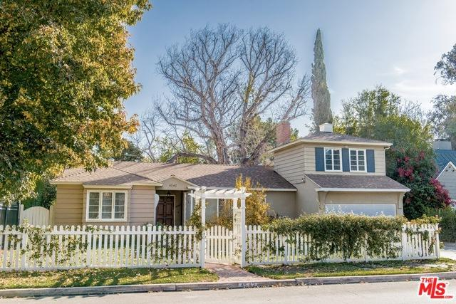 4542 Ledge Avenue, Toluca Lake, CA 91602 (MLS #19443716) :: Deirdre Coit and Associates