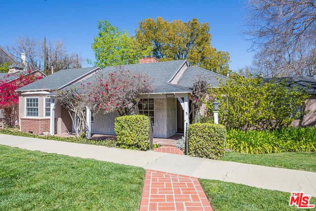 13905 Valley Vista, Sherman Oaks, CA 91423 (MLS #19444124) :: Hacienda Group Inc