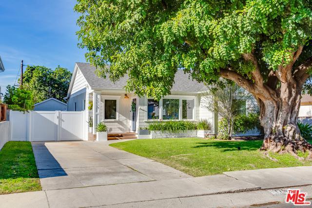 7715 Stewart Avenue, Los Angeles (City), CA 90045 (MLS #19444130) :: Deirdre Coit and Associates
