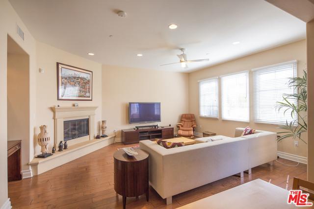 6241 Crescent Park West #407, Playa Vista, CA 90094 (MLS #19444292) :: Deirdre Coit and Associates